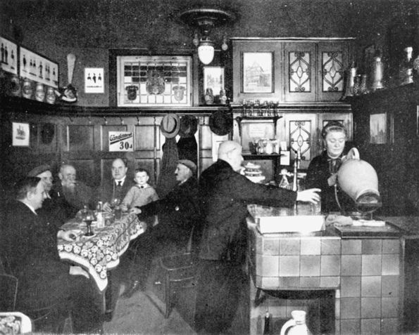 Die Gaststätte Heyland auf dem Römerberg zählte zu den bekanntesten Lokalen Frankfurts