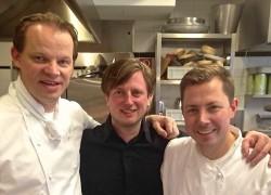 Kevin Fehling (M.), Sebastian Lühr (r.), Richard Ekkebus (l.) beim Rheingau Gourmet-Festival