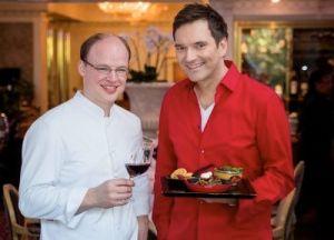 Küchenchef Philipp Ferber (l.) mit TV-Moderator Ingo Nommsen