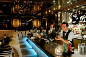 Bar im Breidenbacher