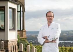 Nils Henkel auf Burg Schwarzenstein-Titel(0)
