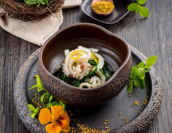 Tintenfisch in Sesamdressing von Leung